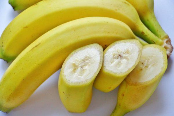 食物繊維が豊富なバナナは便秘解消